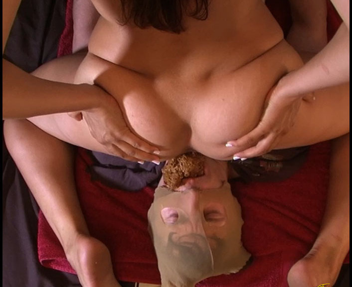 Dina18 - Princess Grace Masturbating On To The Slave's Full Of Shit Face (Solo Scat, Smearing, Dirty Anal)  [FullHD 1080p]