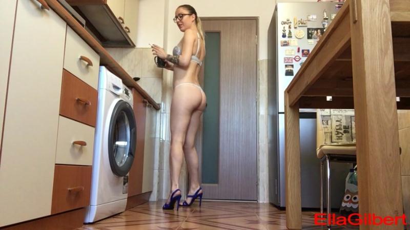 EllaGilbert - Using u as my toilet and ashtray (Solo Scat, Pooping Girl) Poop Smear [HD 720p]