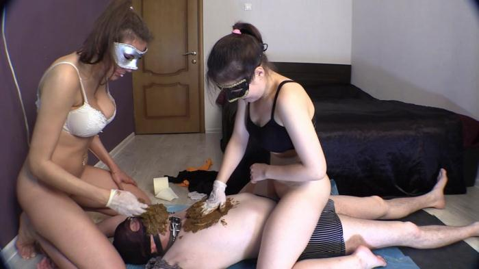 Extreme Scat - Princess Mia and toilet slave - Mia and Grace have fun with their toilet slave (FullHD 1080p)