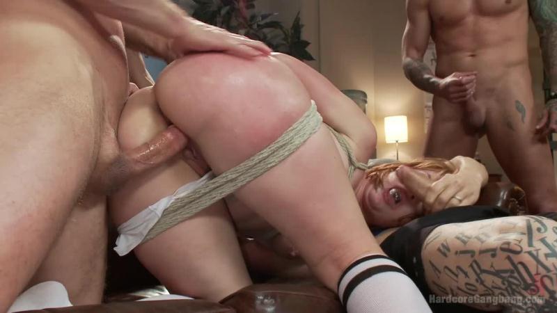 Claire Robbins - Five Sweaty Athletes Take Down Gorgeous Big Booty Slut (HardcoreGangBang.com / Kink.com) HD 2015