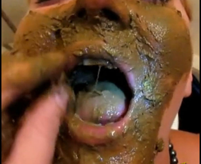HotDirtyIvone - Innocent Blonde Gets Shitfaced (Poop Videos, Scat, Smearing)  [FullHD 1080p]