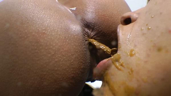 Scat Real Swallow - By Aline Cruel (Lesbian / Domination Scat) SG-Video [FullHD 1080p]