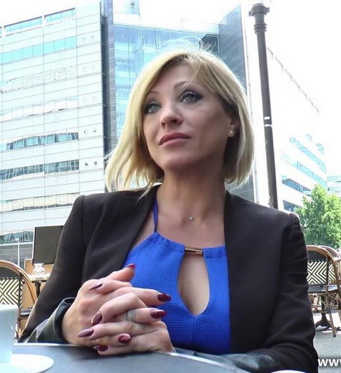 JacquieEtMichelTV:  Lisa(Milf) - Lisa decouvre de nouveaux plaisirs!  [FullHD 1080p]