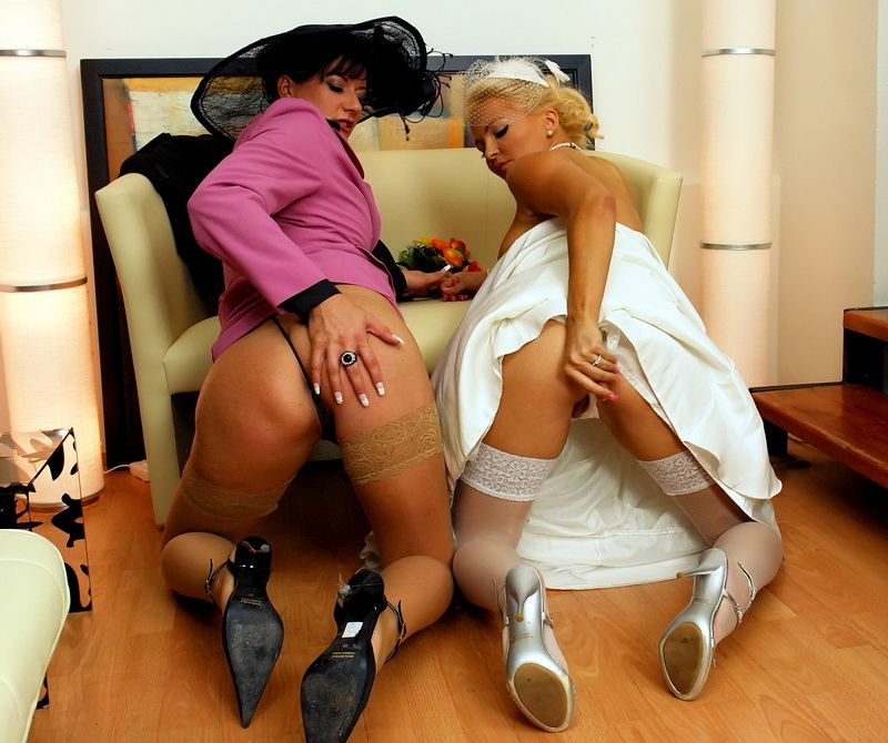 Celine Noiret, Jenna Lovely - You May Now Piss On The Bride (Tainster) FullHD 1080p