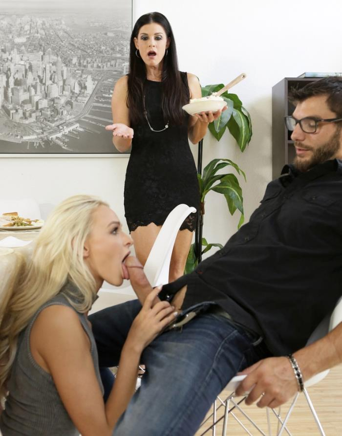 Momsteachsex: Emma Hix, India Summer - Moms Hot Pie [HD 720p] (1.45 Gb)