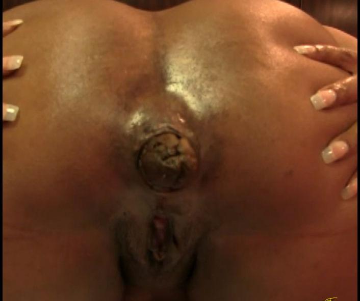 Melania - Big Black Ass Shits Out a Log - FullHD 1080p
