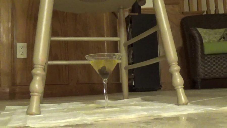 Scatshop - EricaKay - Mistress Erica's Extra Dirty Martini (Scat / Poo) [FullHD 1080p / 482 MB]