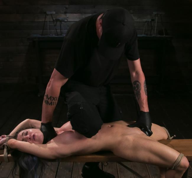 Serena Blair - Girl Next Door Serena Blair Restrained and Made to Cum in Rope Bondage (HD/1.86 GB)