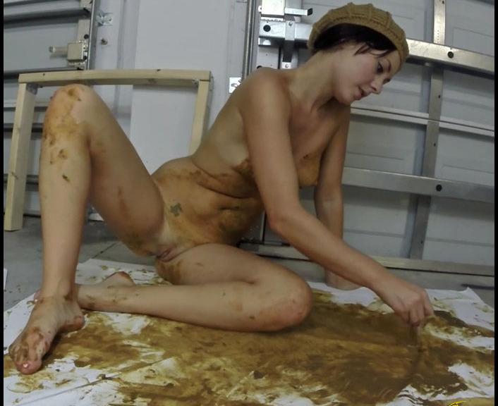 Merida - Poo Casso (Poopping, Shitting, Big pile, Scat)  [FullHD 1080p]