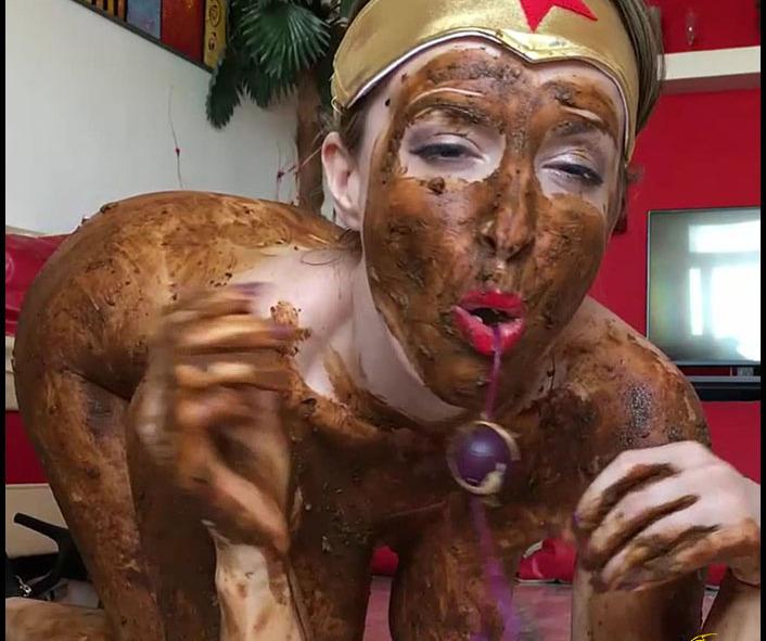 Josslynkane - Wonderwoman Is A Dirtywoman Josslynkane Blonde (Girl Poop, Scat Dildo, Dirty Anal Play)  [FullHD 1080p]
