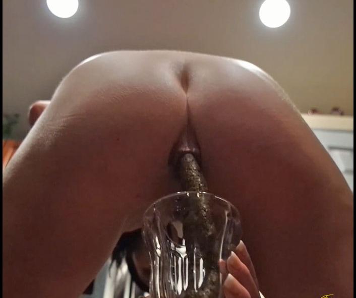 Poo Alexa - Ass Cream Full Glass (Solo Scat, Masturbation, Dirty Anal) -  [FullHD 1080p]