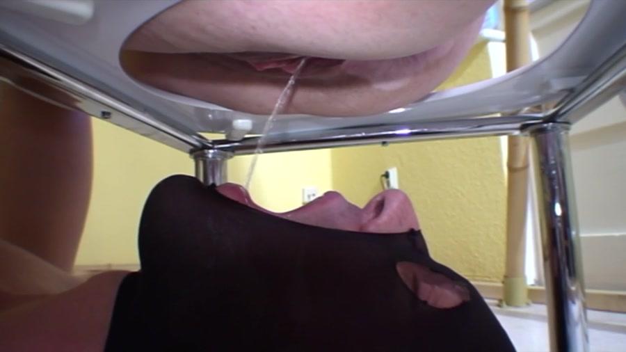 ScatqueensBerlin - Three Bunches Part2 (Scat, Domination) - Femdom Scat [HD 720p]