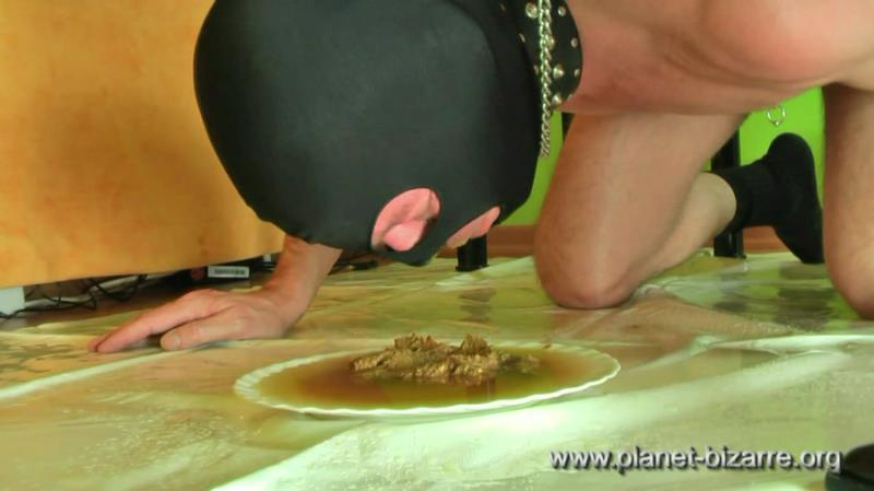 Scat Circle - Madame Jeannette Bizarre and her shit-eater (Scat / Femdom) Planet Bizarre [HD 720p]