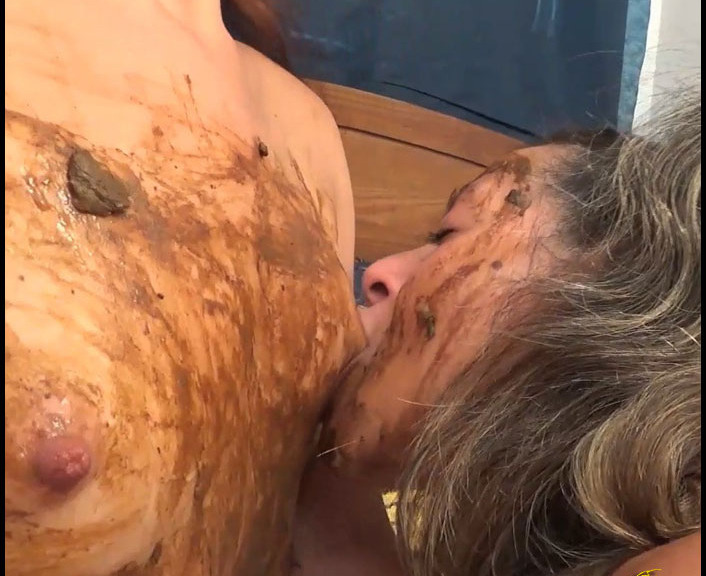 ScatGoddess - The Chocolate Is All Gone Lets Eat Scat (Poopping, Shitting, Big pile)  [FullHD 1080p]