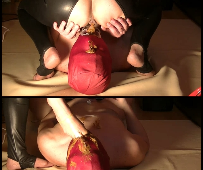 PrincessMonica - Pee scat vomit spitting footgaging and astray- all in one sametime (Eat Shit, Domination Scat)  [FullHD 1080p]