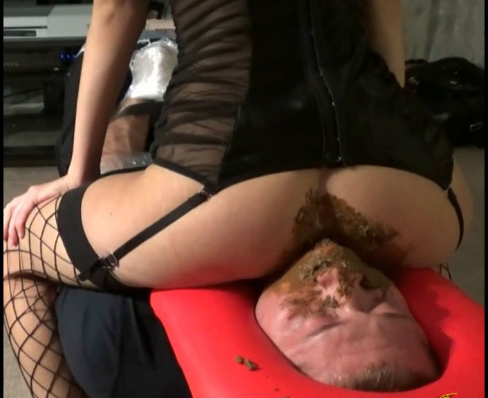 Hot Dirty Ivone - First time Eating my ShitRear View (Poopping, Shitting, Big pile)  [FullHD 1080p]