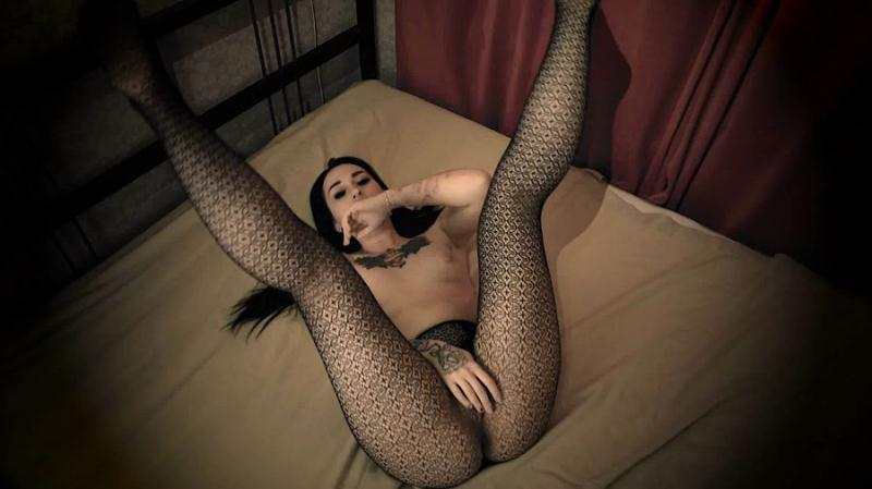 SweetBettyParlour - You need to smell my Farts (Solo Scat, Shitting) Shit In Pantyhose [FullHD 1080p]
