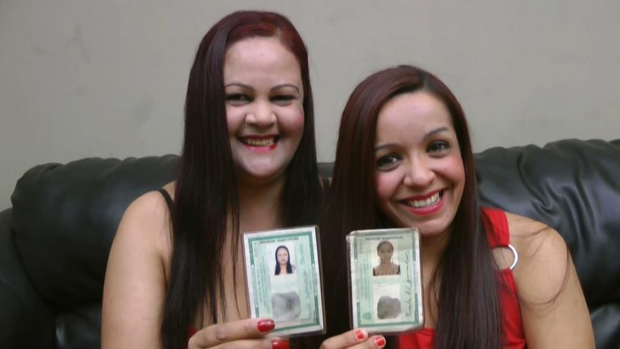 Maria Aparecida, Priscila Aparecida - Scat Real Mother And Daughter - Proven In Documents - SG-Video - FullHD 1080p