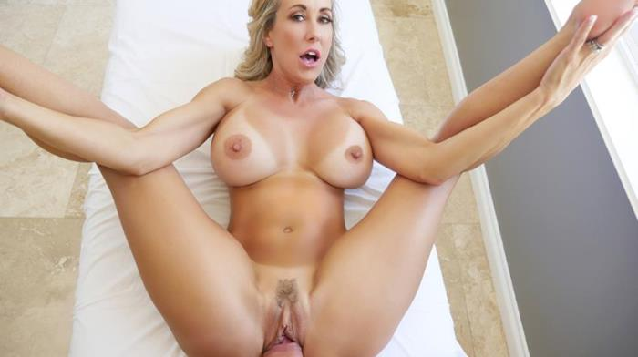 PureMature:  Brandi Love(Big tit) - Courtyard Cougar  [HD 720p]