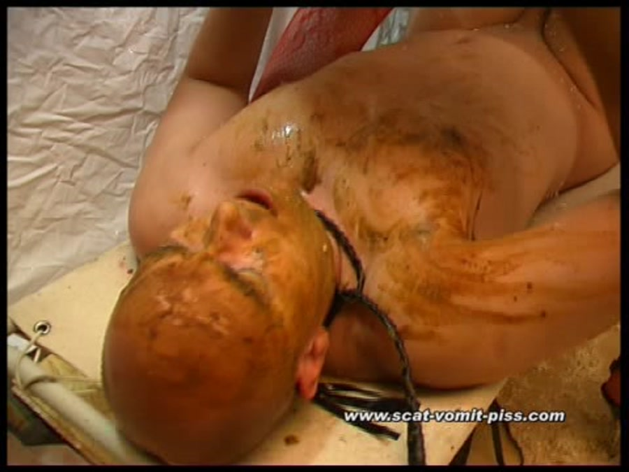 Susan, Veronika - Cellar Games - Susan, Veronika and Hans (Scat / Piss) - Scat-Vomit-Piss [SD]