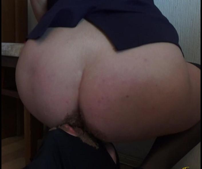 Mistress Nikole - My Shit Eater (Poopping, Shitting, Big pile, Scat)  [FullHD 1080p]