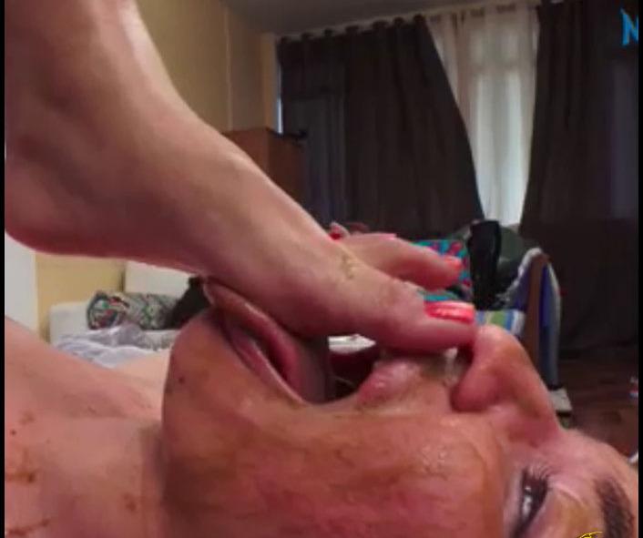 Nicolettaxxx - Facesitting Scat Punishment Exclusive (Brazil Scat)  [SD]