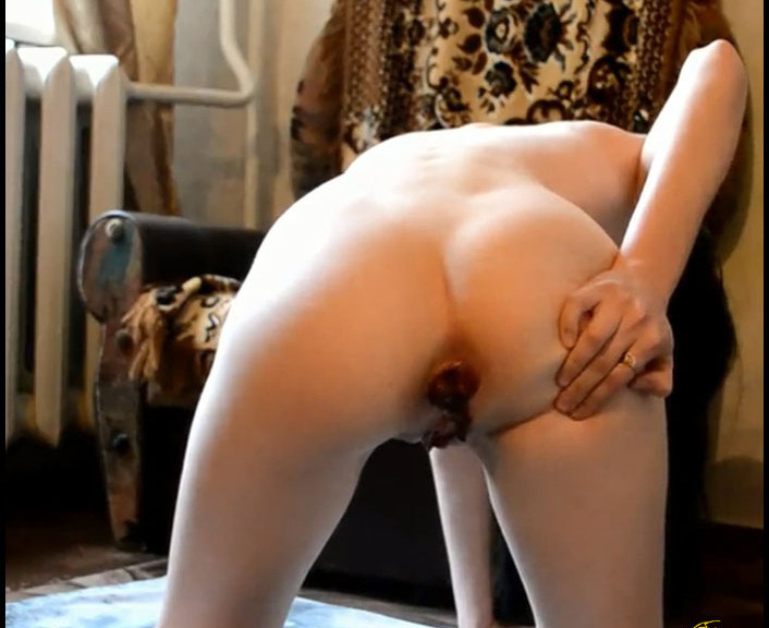 PrincessPuckie - Scat, Piss on the Floor of the Room (Toilet Slavery, Domination)  [FullHD 1080p]