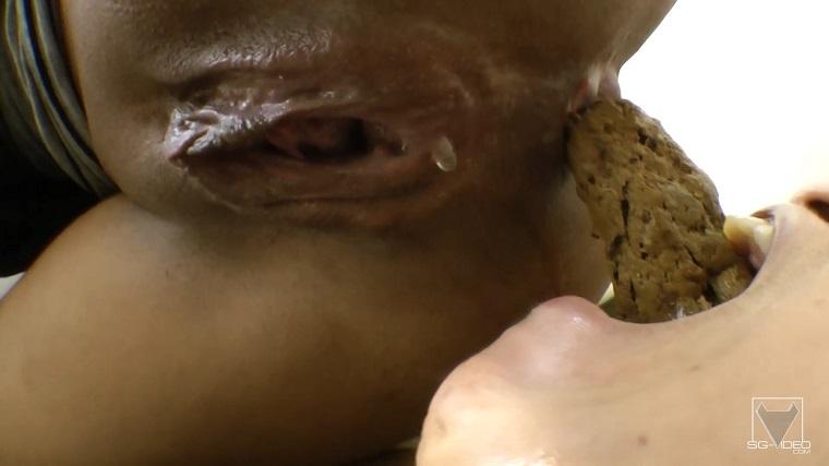 SG-Video - Flavia Greika And Slave Mini Mi - Scat Real Fear With Top Dominatrix (Domination Scat / Lesbian Scat) [FullHD 1080p / 1.99 GB]