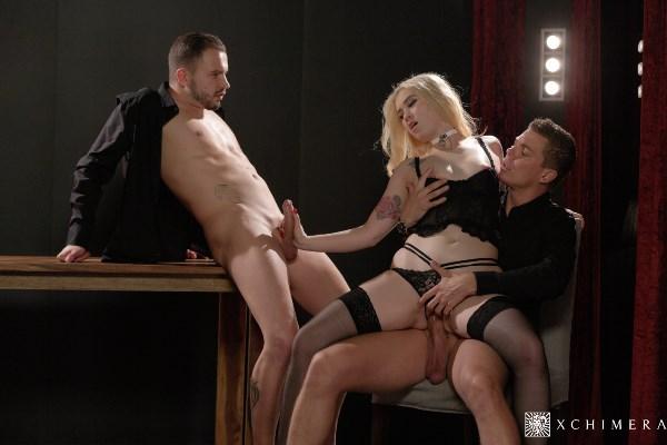 Misha Cross - Stunning babe gets fucked hard in passionate erotic threesome (2017-10-28) [PornDoePremium, xChimera / SD]