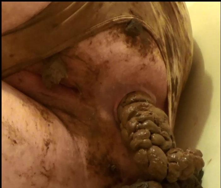 Extreme Scat - SamanthaStarfish - Satin Panty Series – Parts 1 [FullHD 1080p]