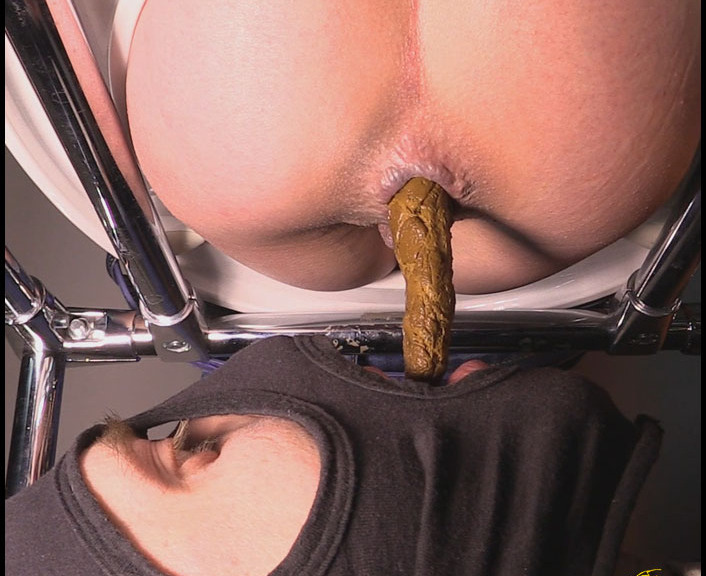 Dina18 - Mistress Jenny Takes A Dump In Her Slaves Mouth (Poop Videos, Scat, Smearing)  [FullHD 1080p]