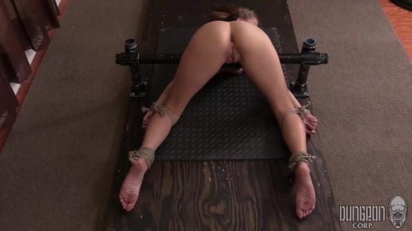 Carolina Sweets - Suffering Sweet Part 3 (DungeonCorp.com / SocietySM.com/1080p/188 MB)