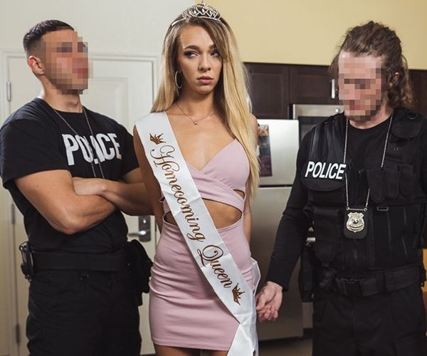 Tiffany Watson - D-List Actress Busted In Los Angeles (FullHD/2.48 GB)