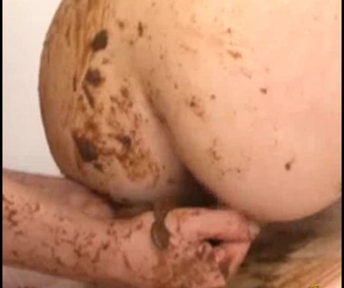 LindzyPoopgirl - Ultimate Lust Body Fluids Lesbian [SiteRip]