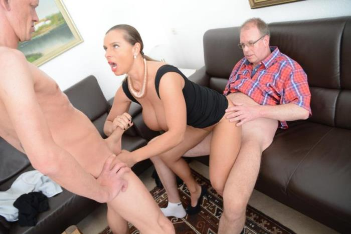 Susi - Sexy Susi in German threesome (DP) - XXX Omas   [FullHD 1080p]