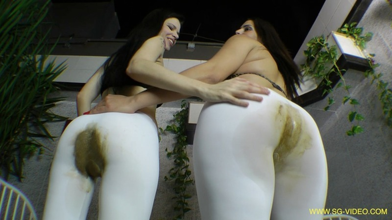 2 Domina 1 Slave - Scat Domination White Scat Pants [SG-Video] (FullHD 1080p|mp4|3.15 GB|2017)