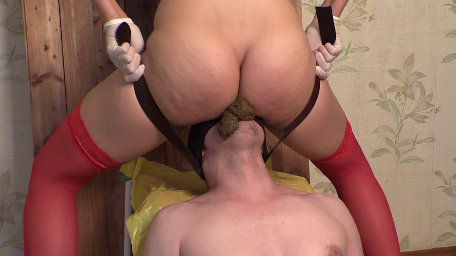 Princess Mia - Coerce Scat Piss Smearing Facesitting (Human Toilet / Scatting Domination) - Scatting [FullHD 1080p]