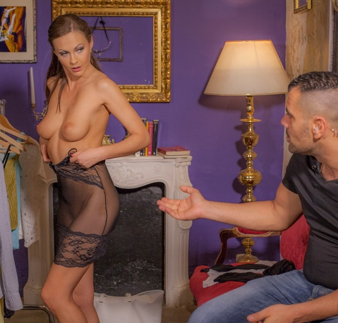 BoldlyGirls/CumLouder - - Tina Kay - The security guard and the model [FullHD 1080p]