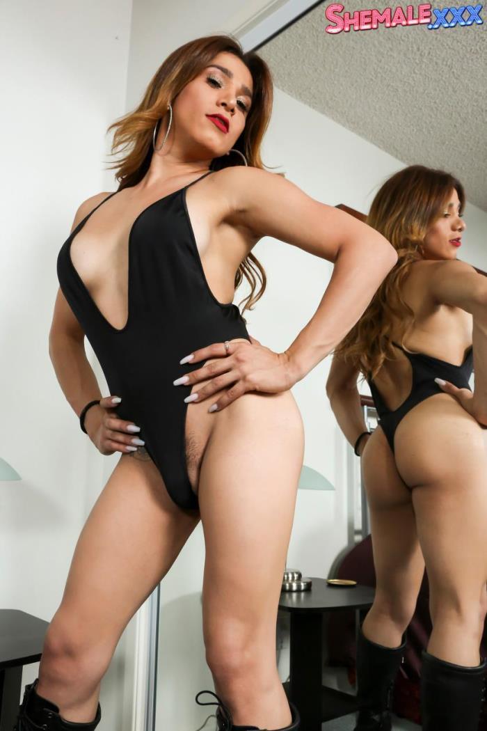 Shemale.xxx - - Liz Estrada - Beautiful Liz Estrada! [HD 720p]