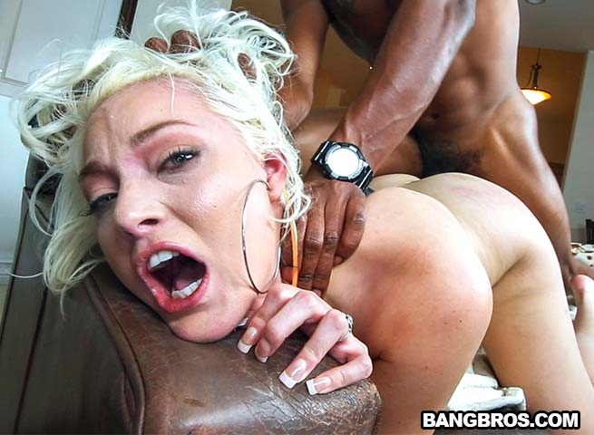 MonstersOfCock / BangBros - Jenna Ivory - Thick White Girl Loving That Monster Cock! [FullHD 1080p]