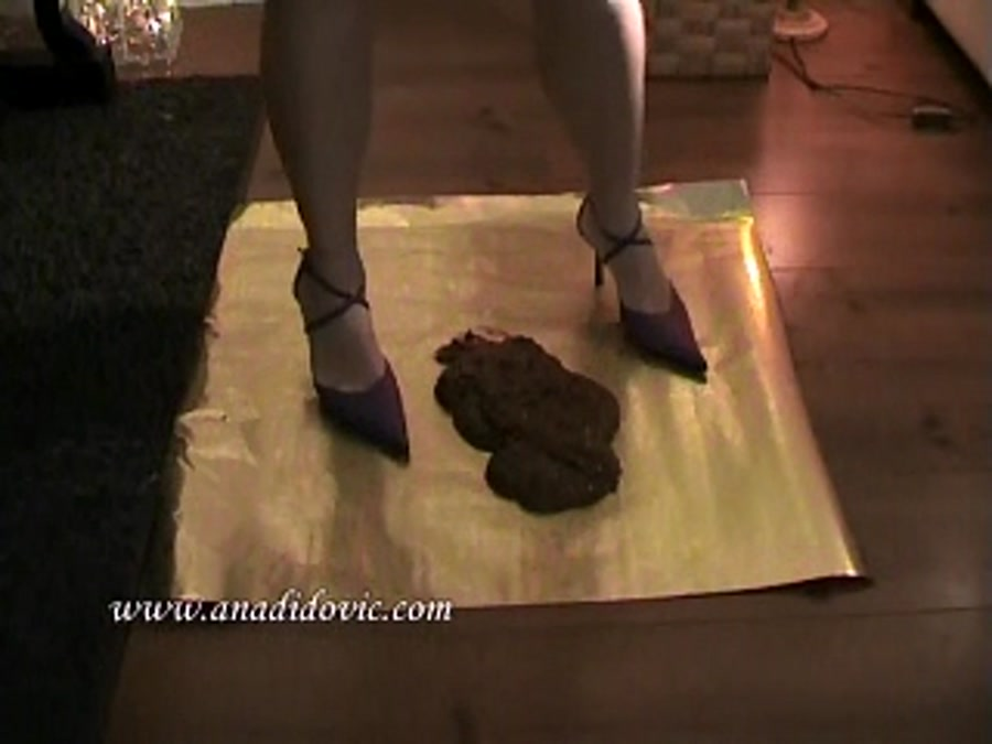 Ana Didovic - Golden Poo (Solo Scat / Netherlands) [SD] [DatingRealGirls]