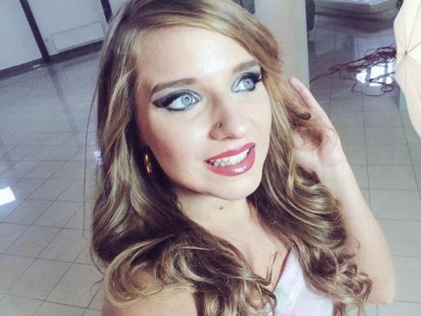 Sofi Goldfinger - Anastasia, 21ans, etudiante en cinema ! (2017/SD)