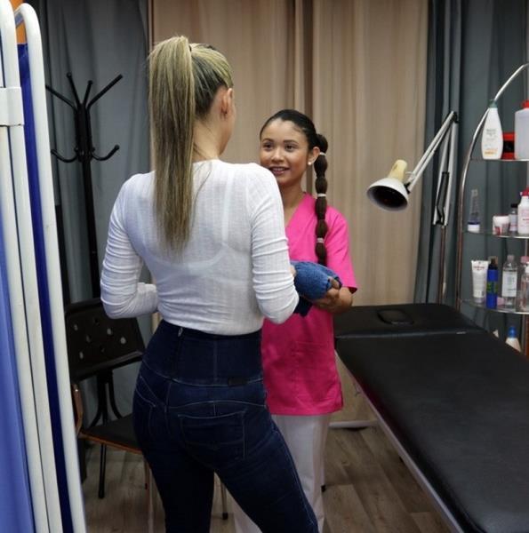 CumLouder.com - Helena Kramer, Jade - A very physical therapist [FullHD 1080p]