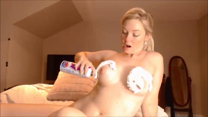 ManyVids.com - Missbehavin26 - Suck On ur Mom's Breast Milk [SD, 480p]