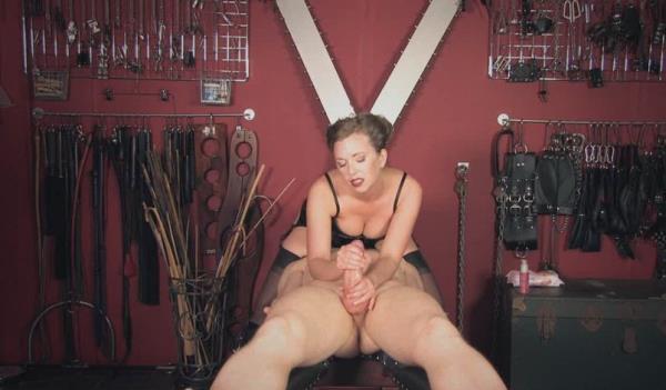 Mistress T - Handjob Confession (2011/HD)