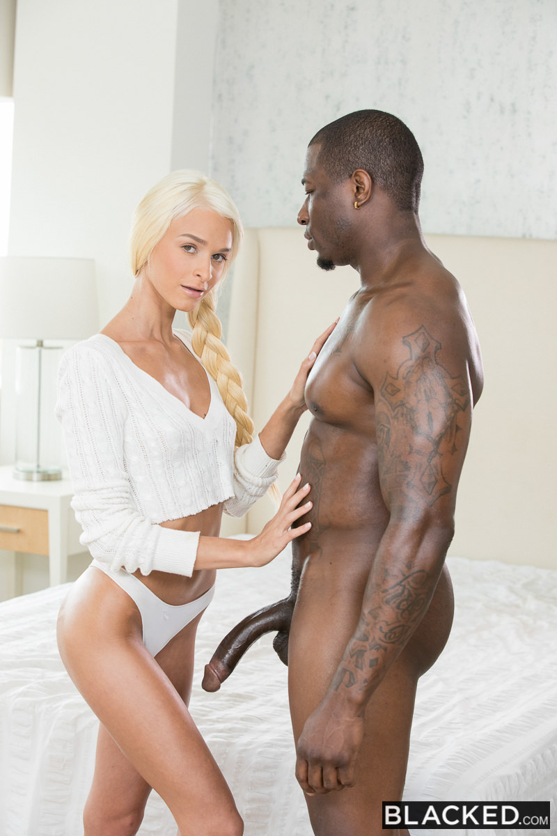 Blacked.com: Emma Hix - Curiosity and BBC [SD] (361 MB)