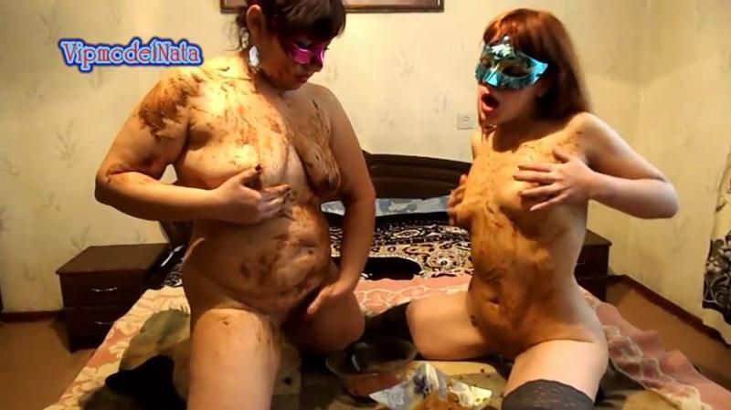 VipmodelNata - Lesbians smeared shit (Lesbian Scat, Amateur) Shitting Girls [FullHD 1080p]
