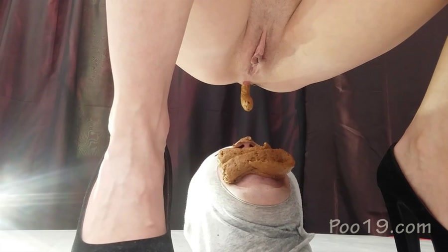 Smelly Milana - Banquet for a 3-course toilet slave will fucked (Humiliation, Star Scat) - Femdom Scat [FullHD 1080p]