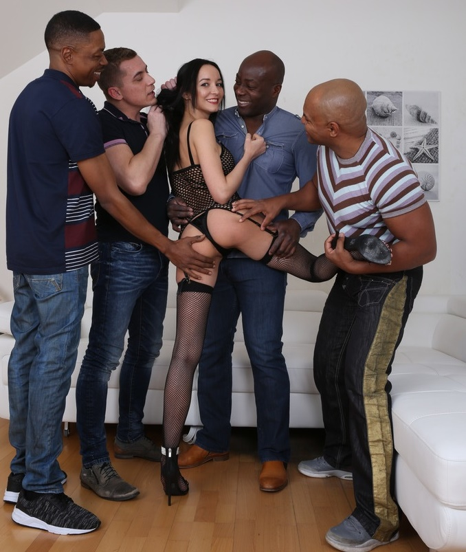 LegalPorno.com, Год производства: 2018 - - Francys Belle - Francys Belle is back to enjoy pissing - double anal with four guys IV156 [HD 720p]