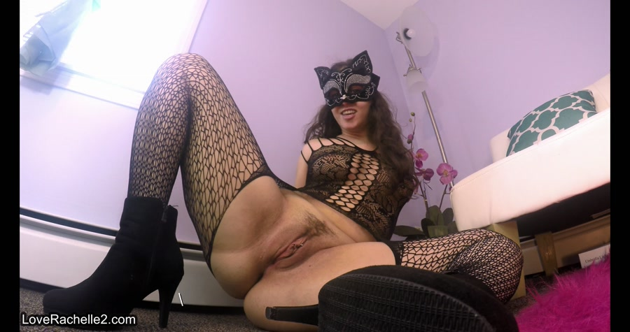 Transsexual with huge dick